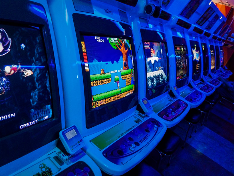June 2019, UniSA Japan Study Tour, Egret arcade cabinets in Taito HEY