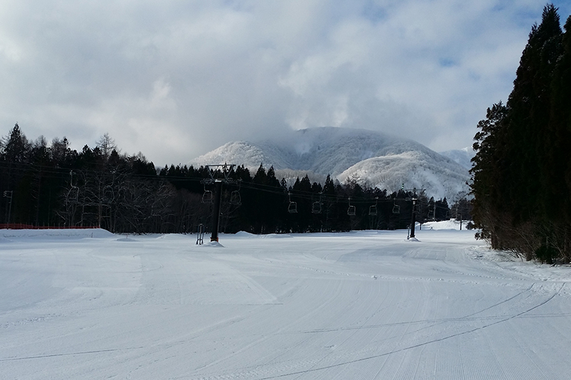 Empty ski fields in Hakuba