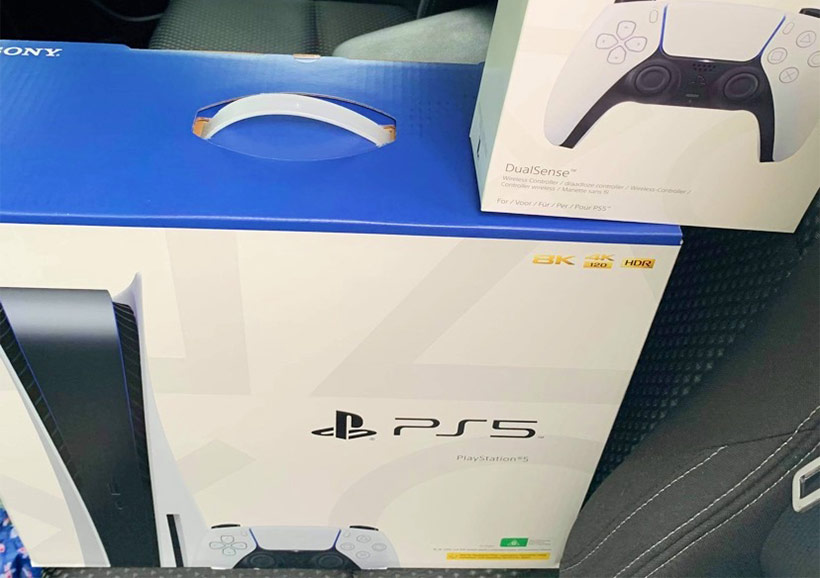 November 2020, Sony PlayStation 5 First Impressions boxes